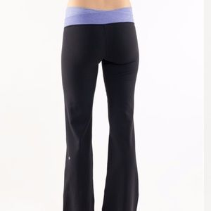 Lululemon black pants with purple waistband